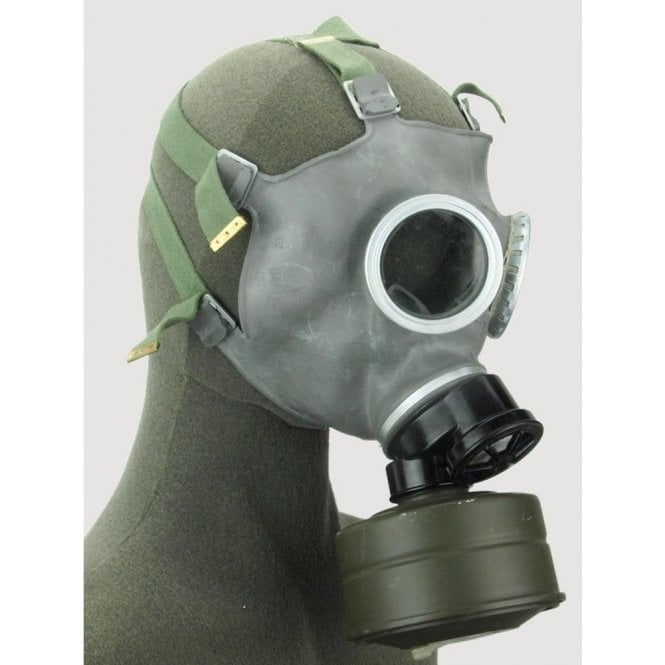 Genuine Polish Gas Mask & Bag